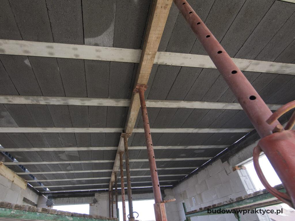 Podparcie stropu na czas budowy