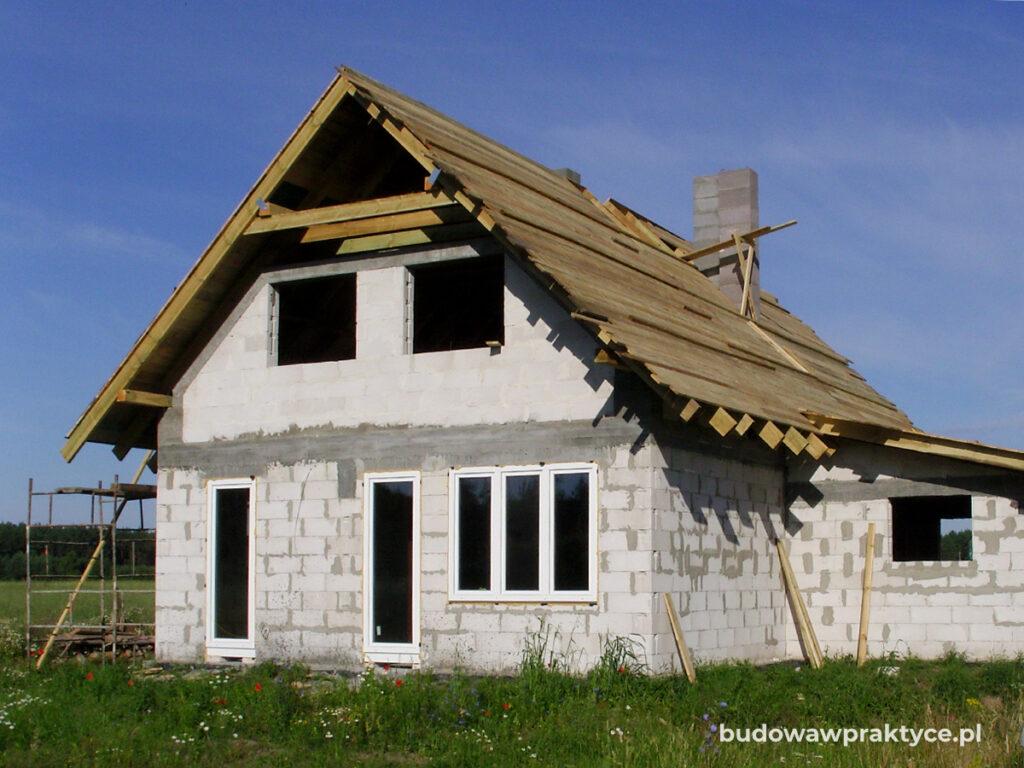 pełne deskowanie dachu